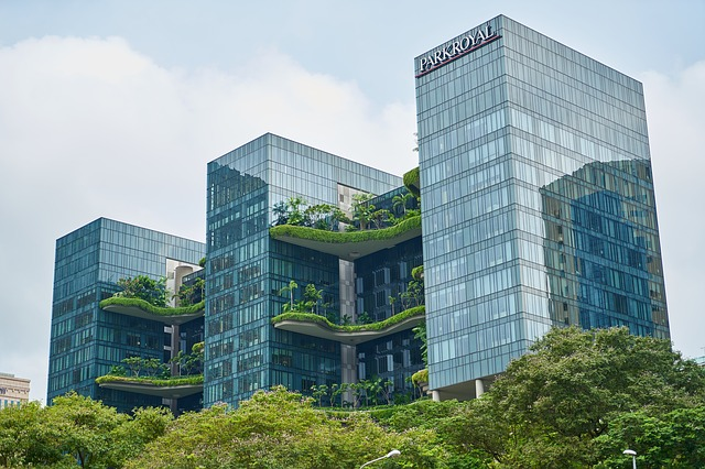 The ParkRoyal hotel resembles a succession of hanging gardens in the center of Singapore