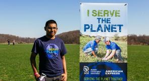 Imran Khan, an SCA volunteer, serving during Earth Day 2015 at Van Cortlandt Park in the Bronx, New Yorlk