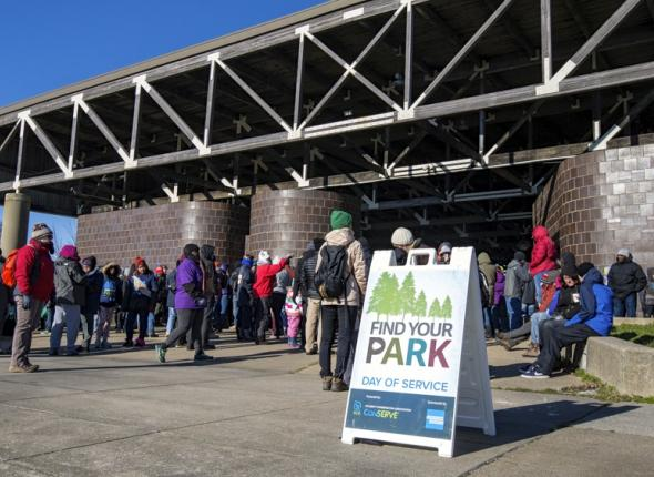 Volunteers gather at Anacostia Park for SCA's Find Your Park Day of Service