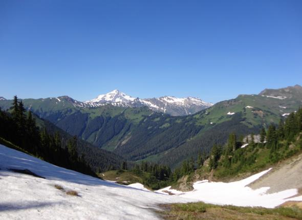 Glacier Peak to the North