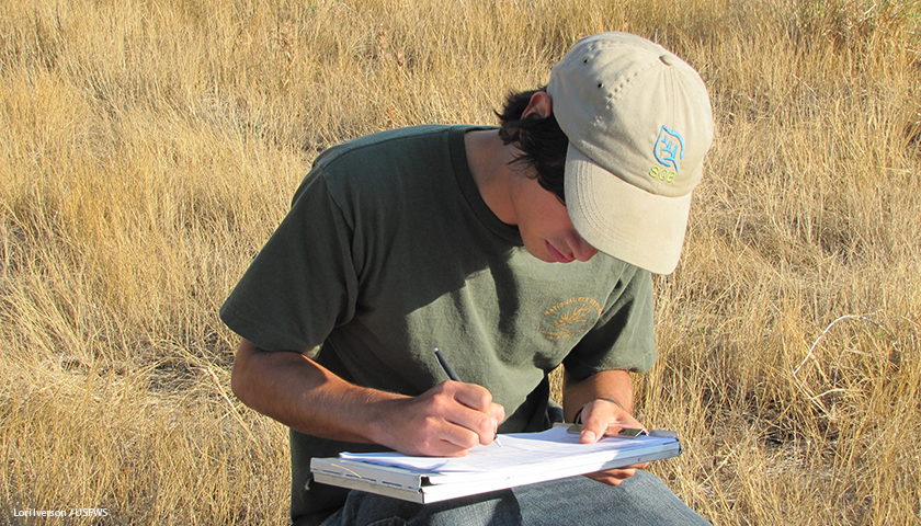 SCA intern gathers data for USFWS.