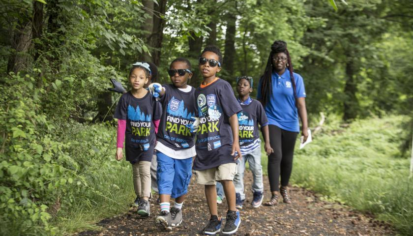 Young SCA volunteers on the trail at Fort Dupont Park