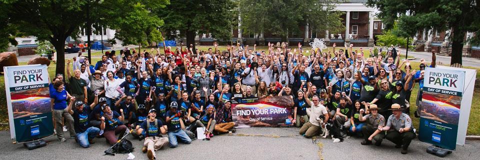 SCA Volunteers and Interns at an NPS Centennial Find Your Park Day of Service in New York City